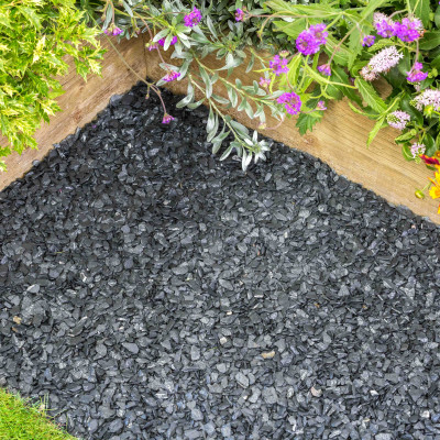 South Lakeland Blue Slate chippings 10 MM