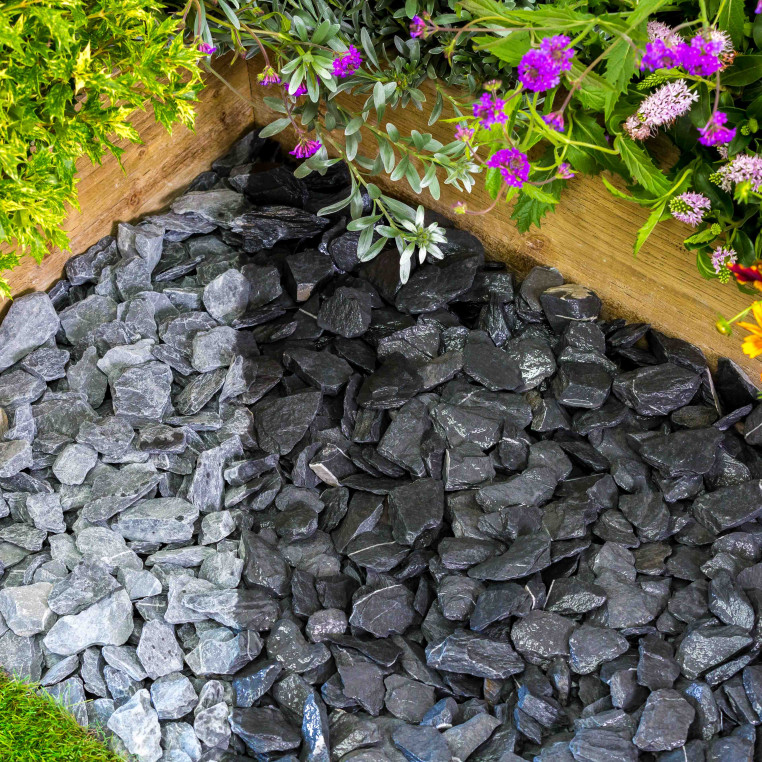 South Lakeland Blue Slate chippings 40 MM