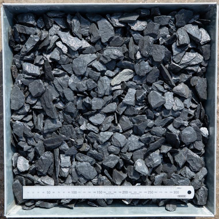 South Lakeland Blue Slate chippings 20 MM
