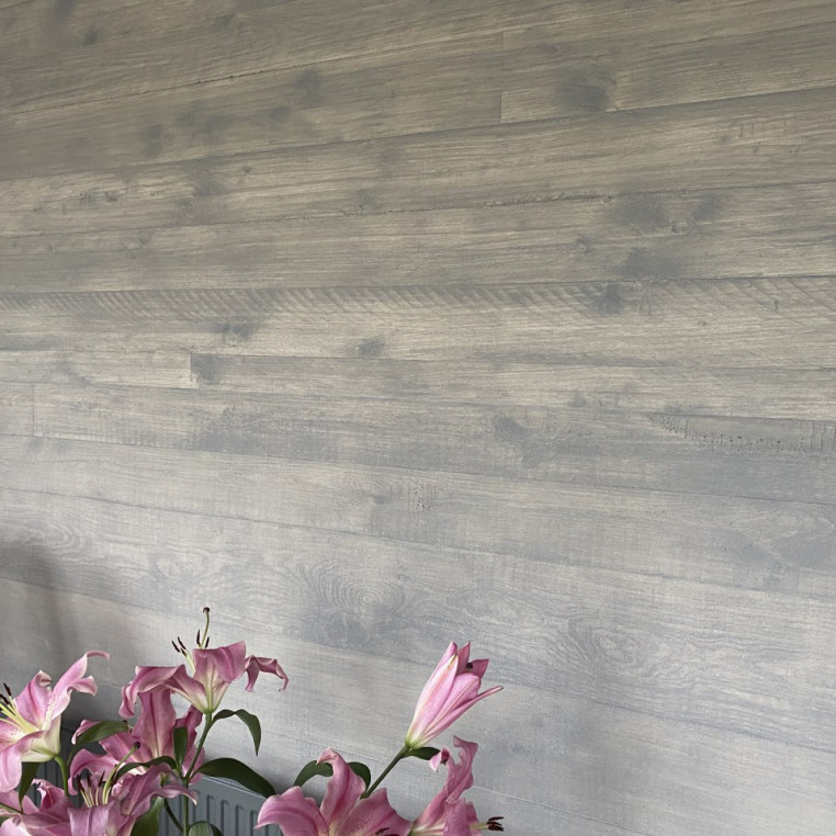 Shuttered wood effect concrete on a roll